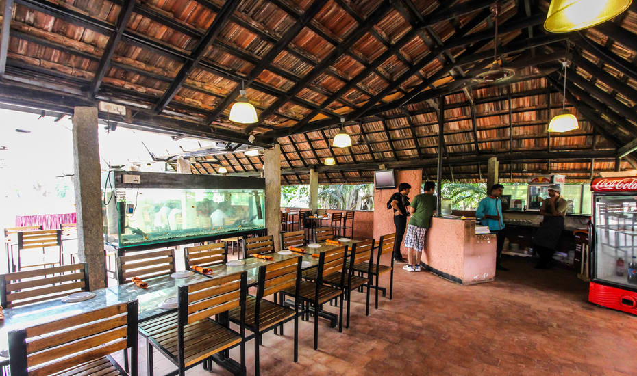 Manipal County Resort Bangalore Restaurant