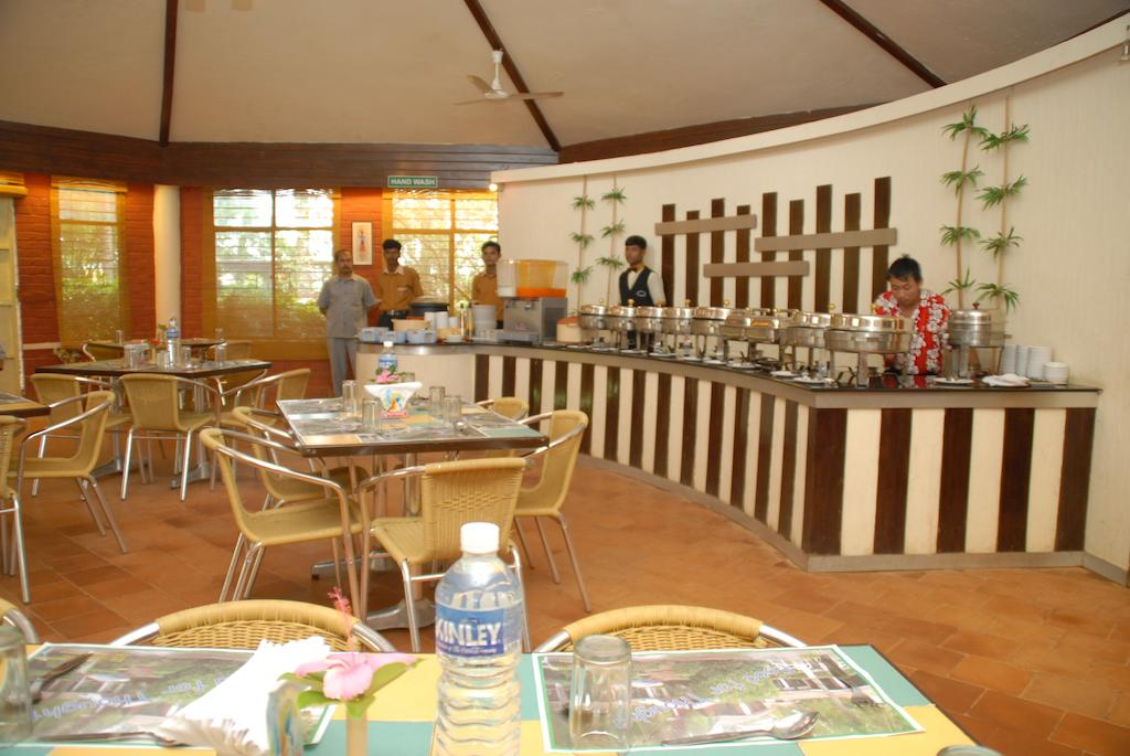 Maria Resorts And Motels Bangalore Restaurant